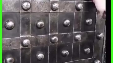A safe built in France from the 1800s has multiple keys and combinations to open.